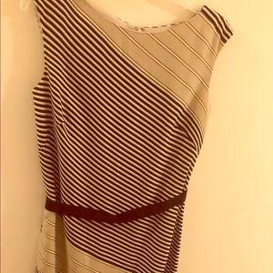 ✨ANN TAYLOR SLEEVELESS DRESS